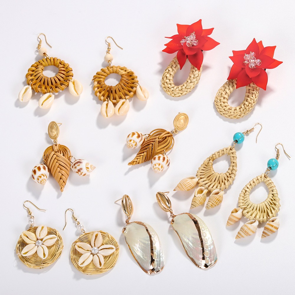 Dvacaman Wooden Earrings Flower Boho Drop Summer Jewelry Handmade Women Shell for Conch