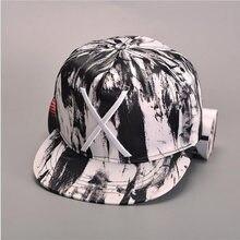 2019 moda graffiti tenedor grande falda plana sombrero acordes conlas gorra  de béisbol gorra de Hip Hop Snapback bordado Cruz ta. 8499d2c08a8