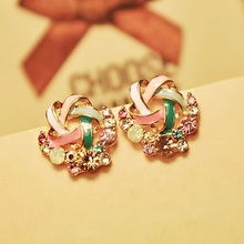 2015 New Korean Upscale Jewelry Wholesale Fashion Elegant Temperament Distorted Color Rhinestone Stud Earrings for Women