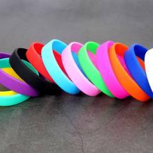 d9707f9d0070 Pulsera de silicona redonda personalizada para hombres adultos en blanco  brazalete de pulsera de goma pulsera de deporte juegos .