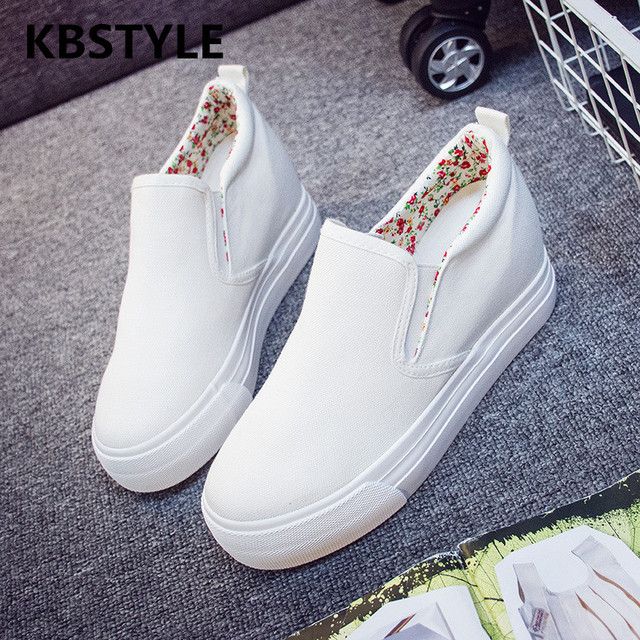 bcf433dfb8 Floral Canvas Shoes Hot Sale 2017 Fashion Appliques Slipony Women Footwear  Height Increase Girl Female Comfort Slipon Women Shoe