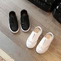 2017 весной новый 100% кожа чистая белая кожа водонепроницаемый мягкое дно удобные мальчики и девочки дети дикие school shoes kid