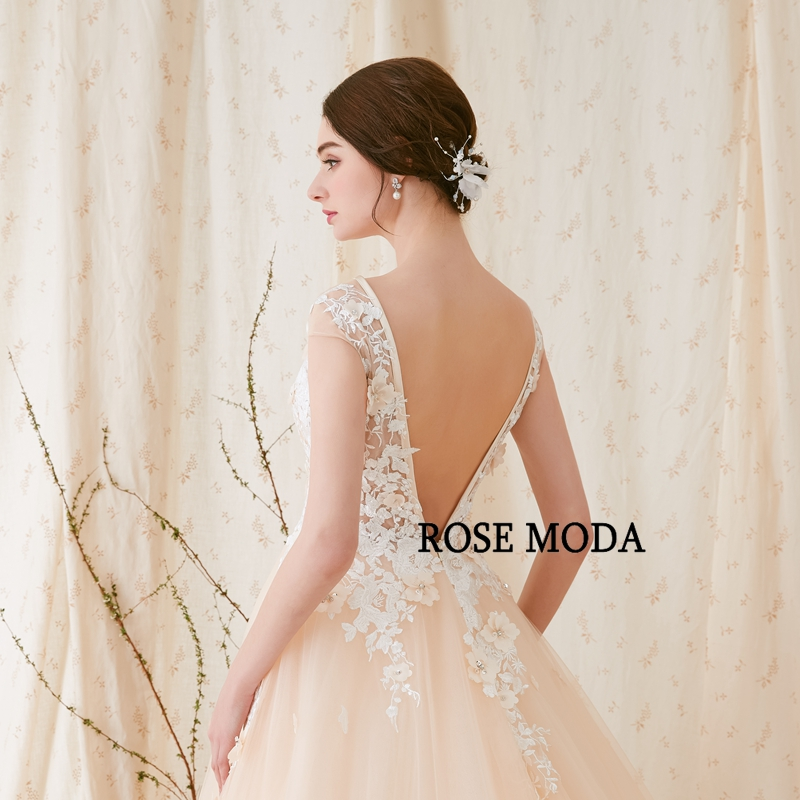 Купить с кэшбэком Rose Moda Modern 3D Floral Lace Wedding Dress Low V Back Ivory over Champagne Wedding Dresses