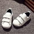 Couro genuíno shoes nova primavera 2016 rodada de abertura crianças única risada shoes sneakers crianças esportes das meninas dos meninos estudantes
