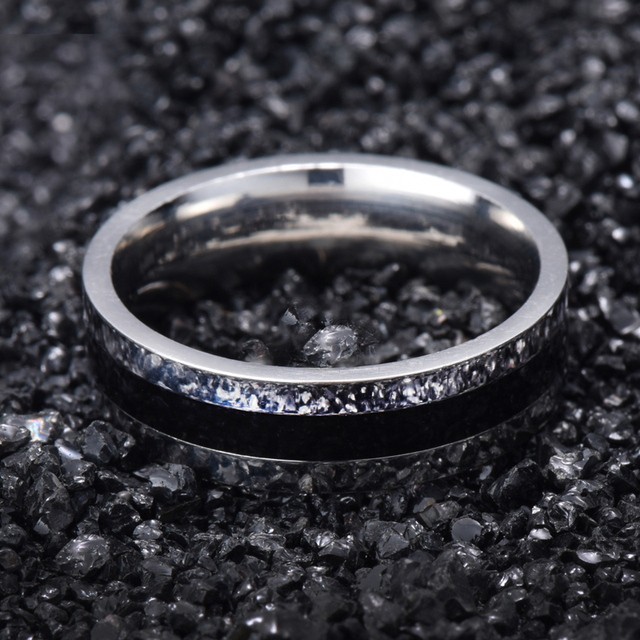 The Lord of the Rings Wedding Band White Gold