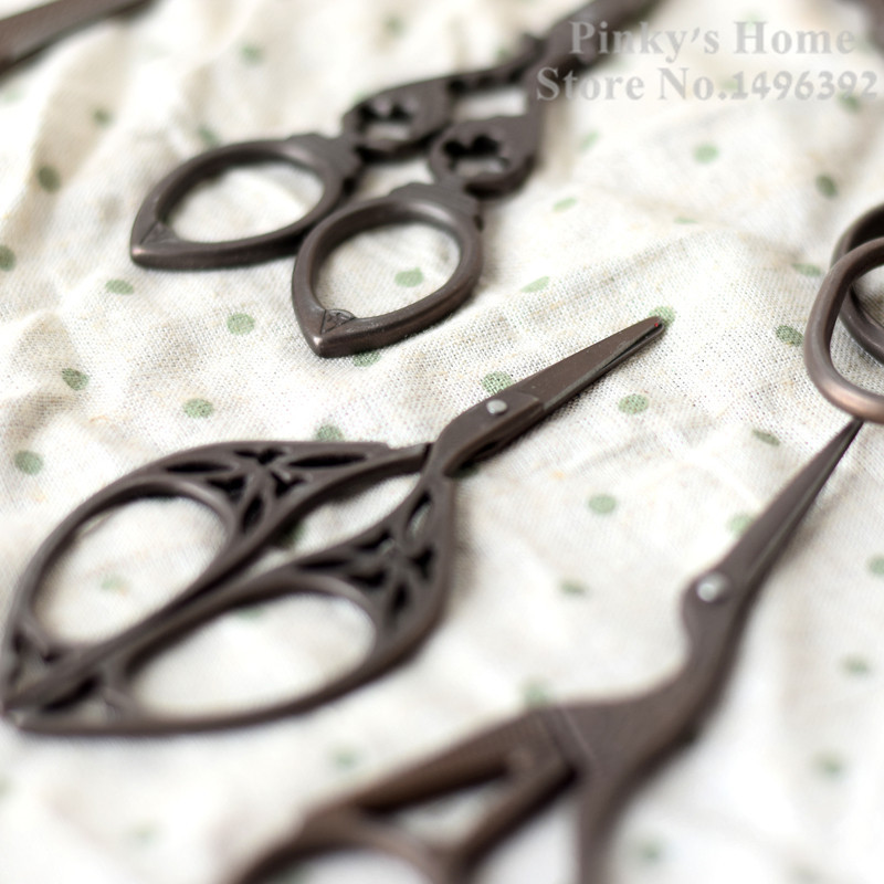 Antique Vintage Retro Style Classic Sewing Embroidery DIY Darn Cross Stitch Scissors Stainless Steel Blade Nice Shears Sew Tools