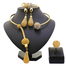 2017 New Fashion African Beads Jewelry Set Exquisite Carved Dubai Pure gold -color Jewelry Set Nigerian Wedding Bridal Bijoux