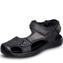 Más el Tamaño 38-46 Hombres Zapatos de piel de Vaca Sandalias de Cuero de la Marca Zapatos Causales de Los Hombres Zapatillas de Playa de Moda de Verano Transpirable sandalias