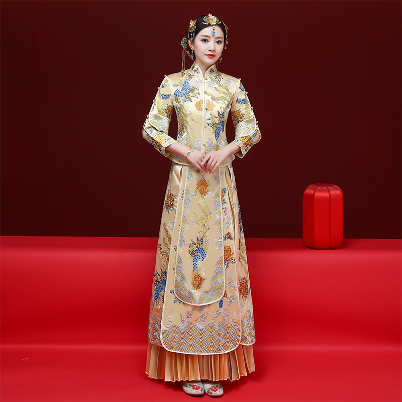 Traditional Women Marriage Cheongsam Classic Champagne Embroidery Phoenix Pleated Dress Chinese Style Bride Toast Qipao Vestidos