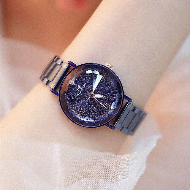 2c5095ee2944 2018 de lujo mujer reloj mujeres imán hebilla vestido relojes de moda mujer  de cuarzo relojes
