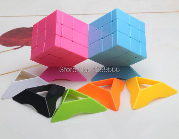 5pcs Best Selling 7 Colors Rubiks Cube Base Tripod Display Holder Universal