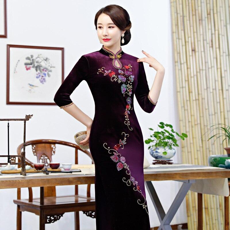 9823 Mano Abiti Delle Oriental Che Cheongsam Plus Del Vestito Velluto 9823 Qipao 4xl Cinese Fatto M Donne Lungo Nuovo Borda Floreale Size A aEBBOw