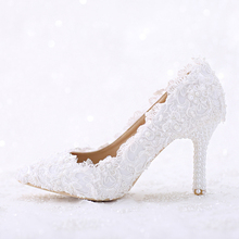 Elegant White Lace and Pearl Pointed Toe Bridal Wedding Shoes Women Thin Heel Romantic Dance Shoes Handmade Birthday Party Pumps