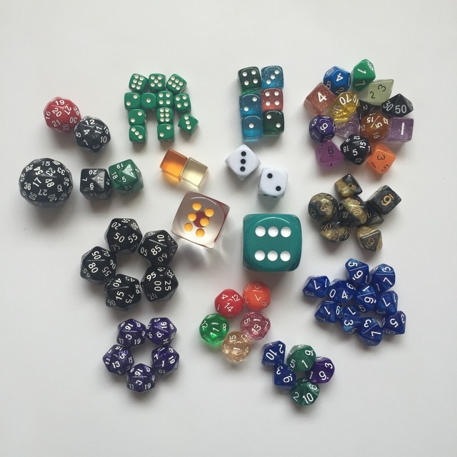 80 Pieces Bag A Great Variety Of Dice Contains Large Size And