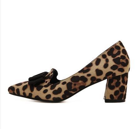 Moda leopardo impressão sapatos único dedo apontado sapatos de salto alto arco sapatos femininos 2016 primavera sexy de salto grosso plus size sapatos
