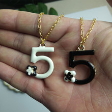 Letters 5 Necklace Camellia Flowers Pendant & Chain Drip black white Gift for Women fashion Jewelry Trendy
