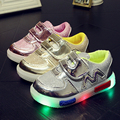 Girls Shoes Baby Fashion Glowing Sneakers little Girls Princess Shoes Children Boys Luminous Flashing Lights (Baby/Little Kids)