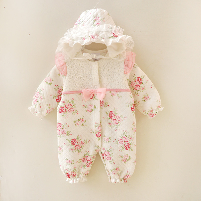 Vinter nyfödda Baby Girl Kläder Thicken Floral Princess Jumpsuit Kläder Sets Girls Bodysuit + hattar