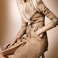 2017 Nueva Largo de Lana Abrigos de Mujer de Invierno de Piel de Turn Down cuello delgado largo trench moda fajas camel señoras desgaste externo Vestidos