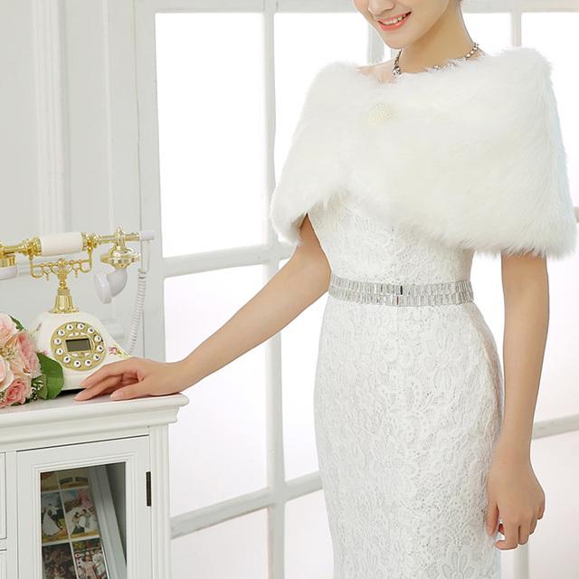 Murchar Pena Nupcial Wraps 2016 Wedding Jackets Elegante Com Contas Etole Mariage vestidos de Noiva Acessórios Do Casamento Do Inverno Casaco