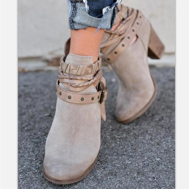 d9881ba1 Nueva moda mujer botas primavera otoño tacones altos zapatos para mujer  remache hebilla zapatos diarios PU botas de cuero en Botines de Zapatos en  ...
