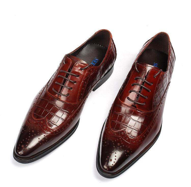 Genuine leather dress shoes men lace up carved brogue pointed toes diamond-type lattice plaid male smart casual luxury derby loose fit casual thicken plaid lace up wool pants for men