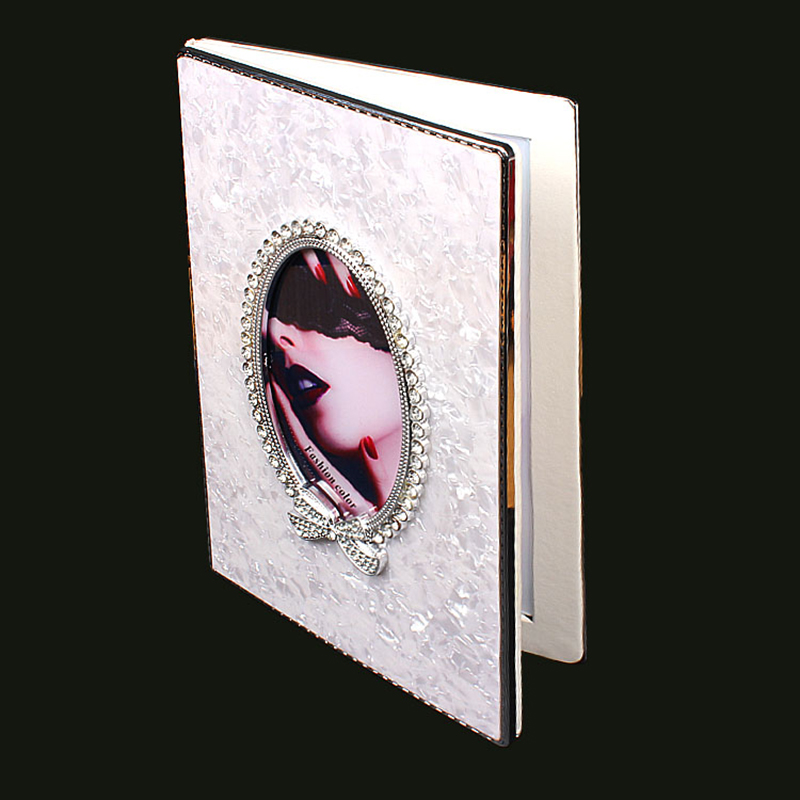 New Nail Showing Book Crystal White Leather Oval Tip Nail Display Book With Full Nail Tips 120/128 ColorsNew Nail Showing Book Crystal White Leather Oval Tip Nail Display Book With Full Nail Tips 120/128 Colors