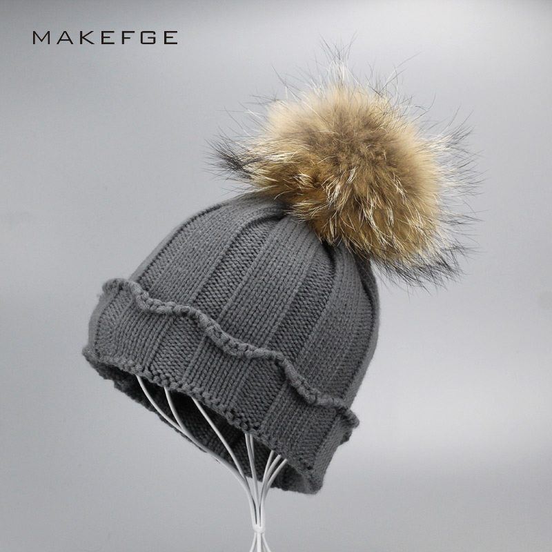 2017 Natural real fur raccoon fur pompon Winter women warm knit hat cap crochet skullies beanie with big ball solid thick cap children girl natural pompon knit hat cap winter warm crochet beanie with fur pom poms ball kids