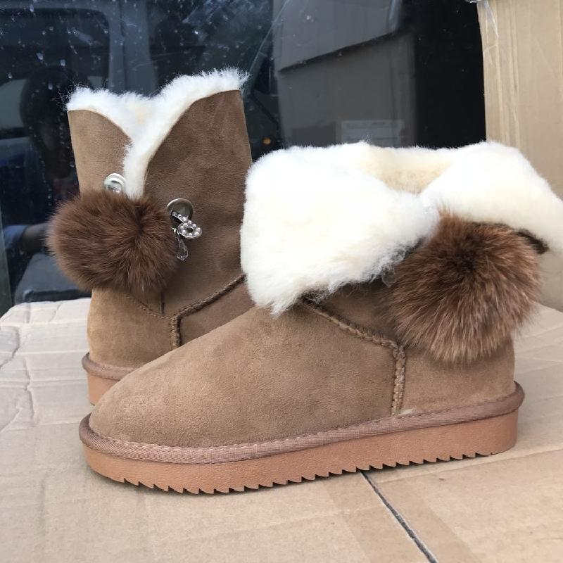 2018 2018 new winter skin and fur in one in one, warm and antiskid shoes rabbit hair lady autumn winter new weaving small pineapple fur hat in winter to keep warm very nice and warm comfortable