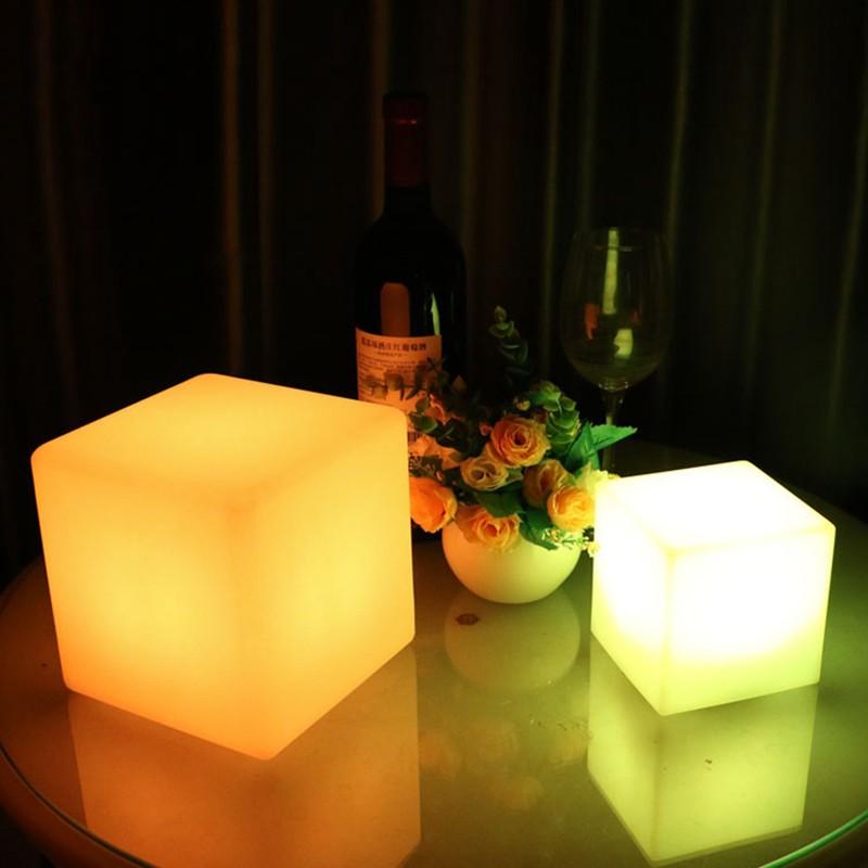 European-simple-LED-desk-lamp-charging-desk-lights-living-room-bedroom-dimming-square-lamp (4)