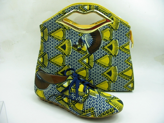 74eb228ae151 Fashionable African wax printed ladies shoes and matching bags shoes and  matching clutch bag fabric wax shoes and bags