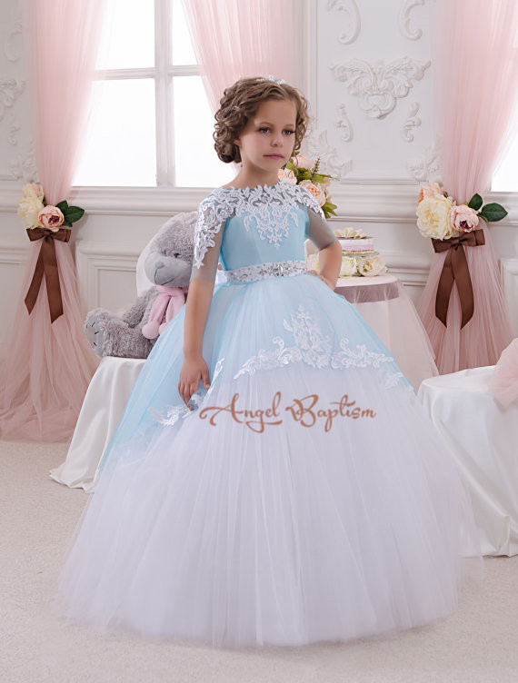 Light Blue Flower Girl Dresses for kids evening Ball Gowns first communion dresses for girls pageant dresses with Beading Sash 2017 best selling custom first communion dresses for girls ball gown white lace with bow flower girl dresses kids pageant gowns