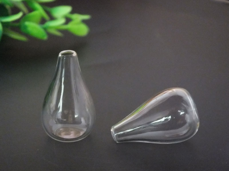 Free ship!! 30x18mm Light bulb shape glass globe MINI glass vial pendant decorations gla ...