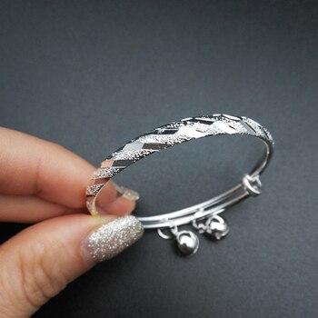 91e004c53738 Los niños plateado plata de la joyería de meteorito en relieve con encantos  de campanas ajustable