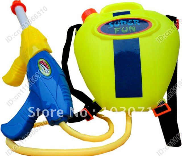 Best Selling--Giant Super Soaker Plastic Water Gun with 2.8L Water Tank Backpack