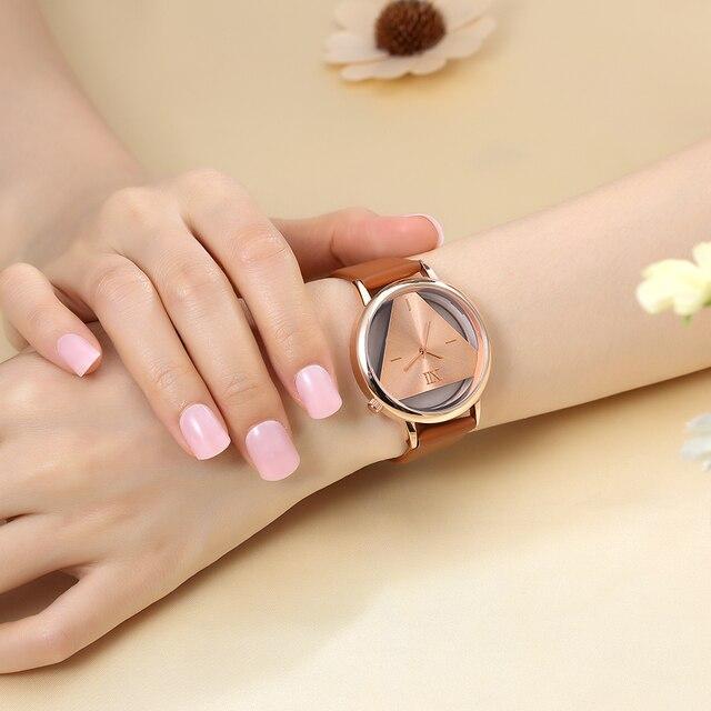 Women Luxury Leather Strap Watch 5