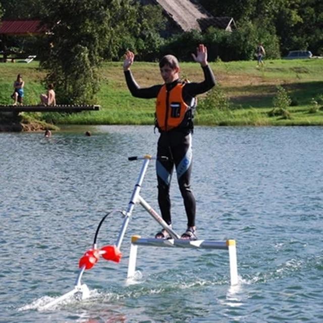 Wakeboard, air sepeda, hidrofoil, flyer di atas air, air skateboard