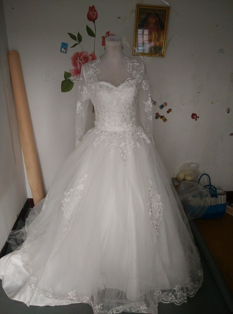 b6c71dcb037e Lace Wedding Dress A-Line Sweetheart Embroidery Bridal Gown US size 6 only  1 pcs available low price no Shawl