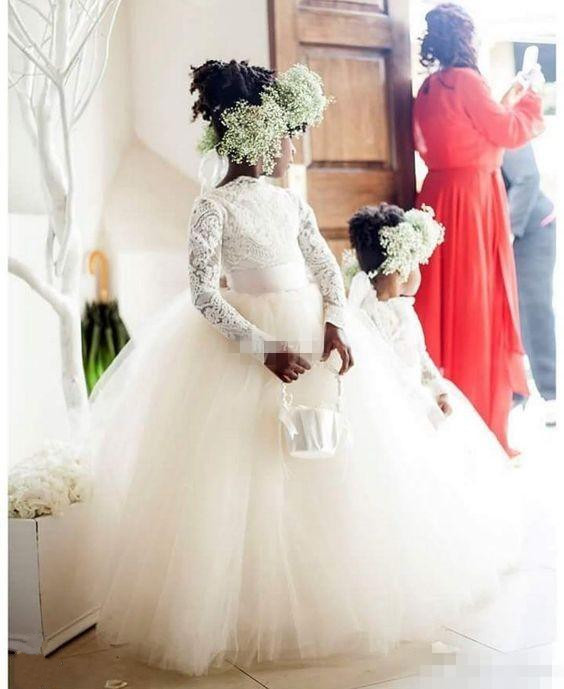 Vintage White Tutu Flower Girls Dresses Ball Gown Lace  with Long Sleeves 2017 Princess Little Girls First Communion Dress 2017 little girls princess ball gown