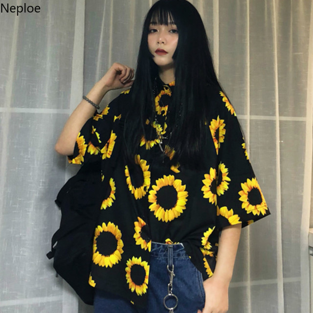 Neploe Short Sleeve Black Shirts for Women Harajuku Sunflower Print Blouses Ladies Tops Loose Streetwear Student Shirt 38910
