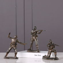 Creativity American Soldier Resin Statue Modern Style Desktop  Furnishings Sculpture Home Decoration Accessories Crafts 143 цена