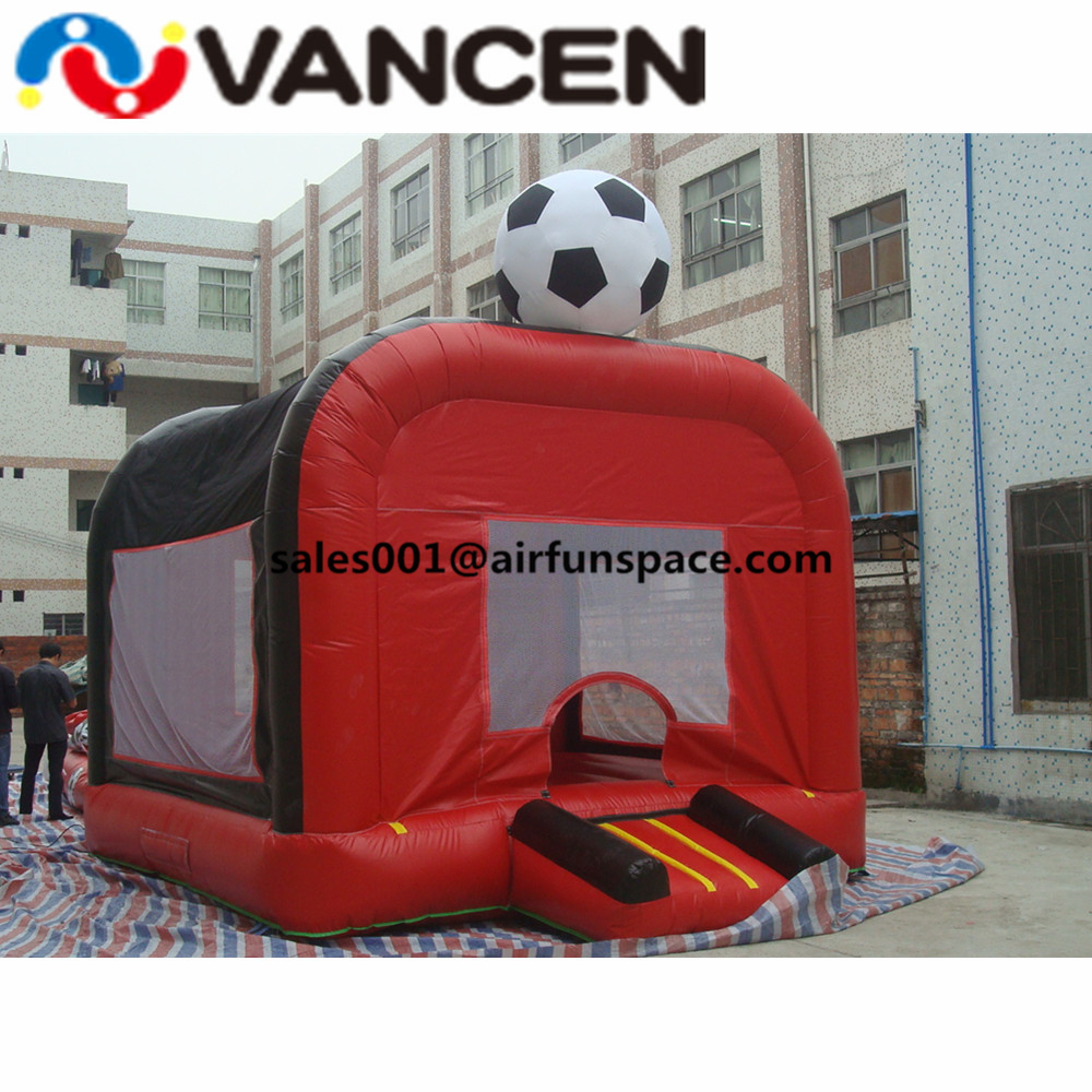 Promotional 4*5m inflatable soccer bouncer sport game free air blower inflatable jumping house for soccer shooting game
