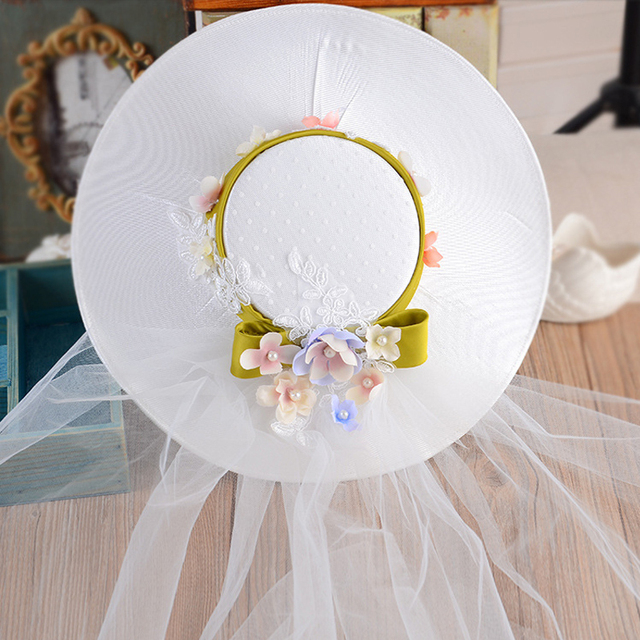 Floral do vintage Chapéus De Casamento Com Arcos 2017 Chapéus chapeau mariage Applique Pérolas Tulle Bridal Acessórios Para o Cabelo de Noiva para Noivas