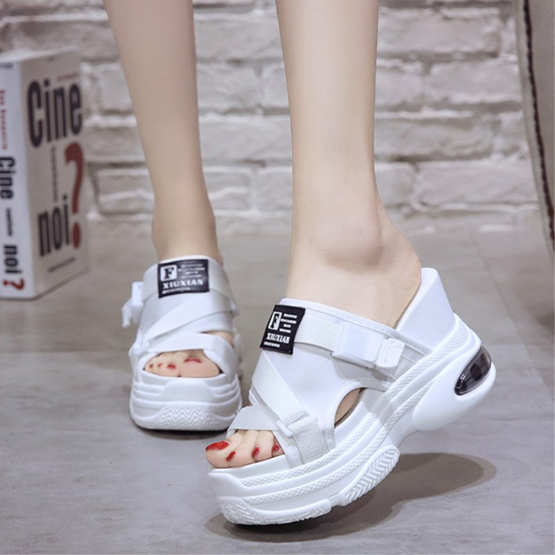 New 2019 Fashion Women Flip Flops Flat Sandals Shoes Heel Peep Toe Ladies Hollow Out Flip-Flops