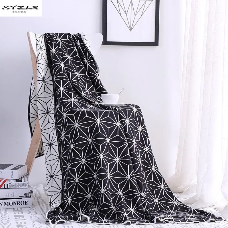 Modern Knitted Blanket Soft Throw Blanket On Sofa Bed Plane Travel Plaids Adult Home Textile Black White Portable BlanketsModern Knitted Blanket Soft Throw Blanket On Sofa Bed Plane Travel Plaids Adult Home Textile Black White Portable Blankets
