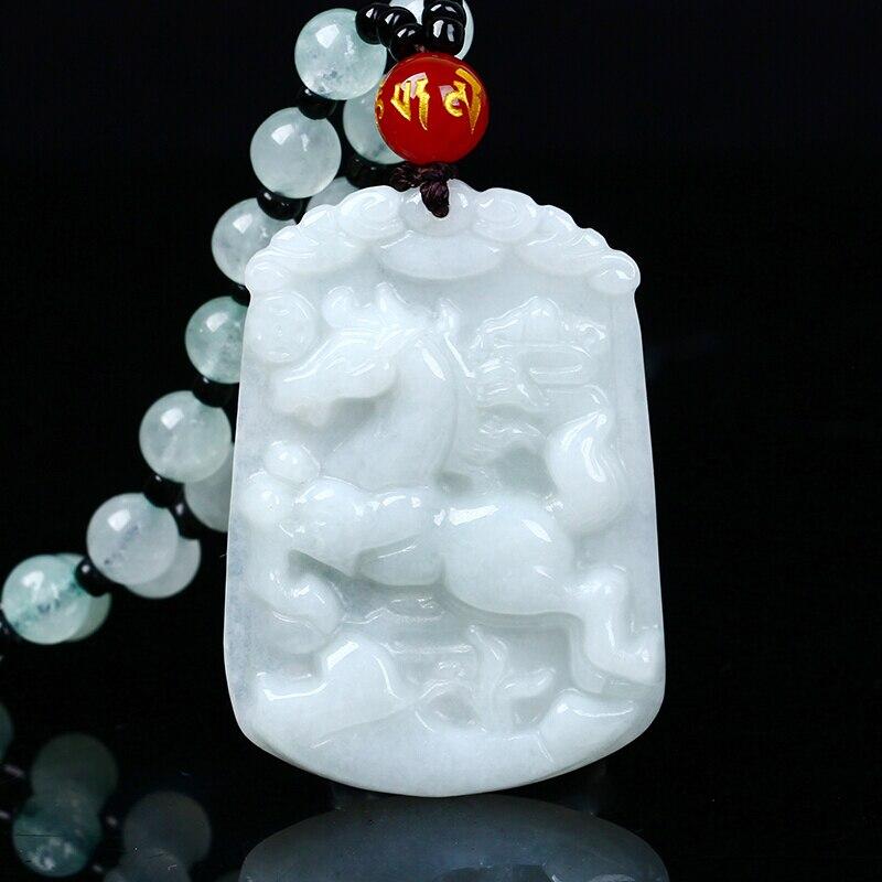 Pendentif en jade naturel du zodiaque chinois jade chevaux du zodiaque transbordement pendentif en collier jade Yu Pei envoyer un certificat