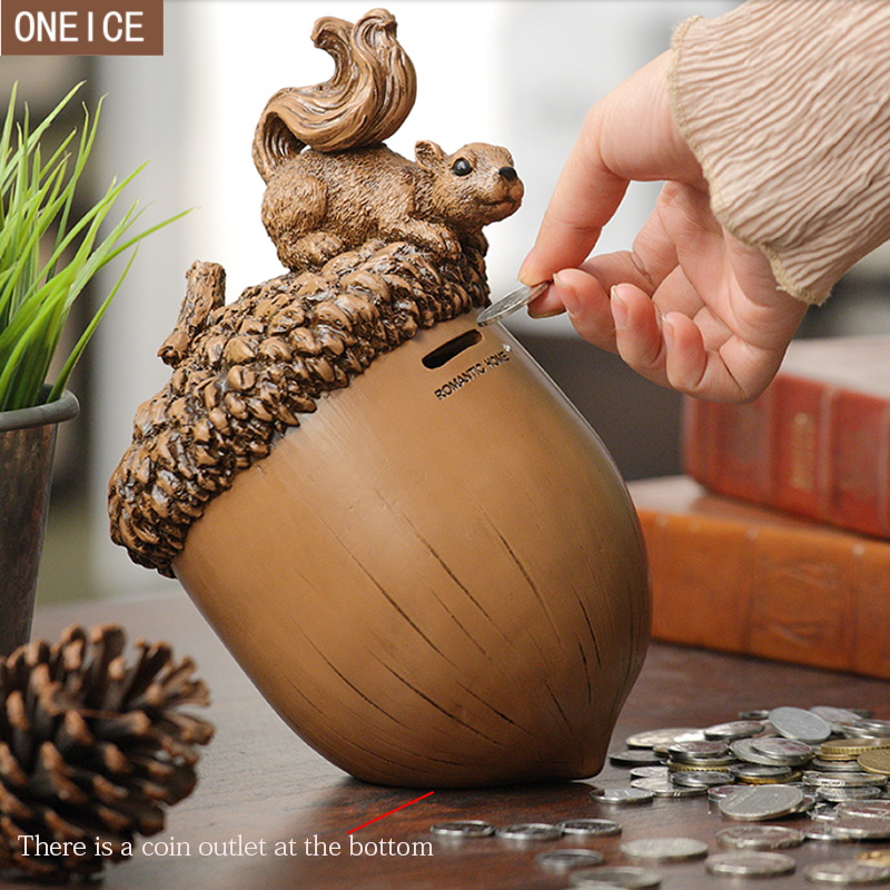 Cute squirrel piggy bank quality resin hand carved piggy bank children coin box home decoration squirrel