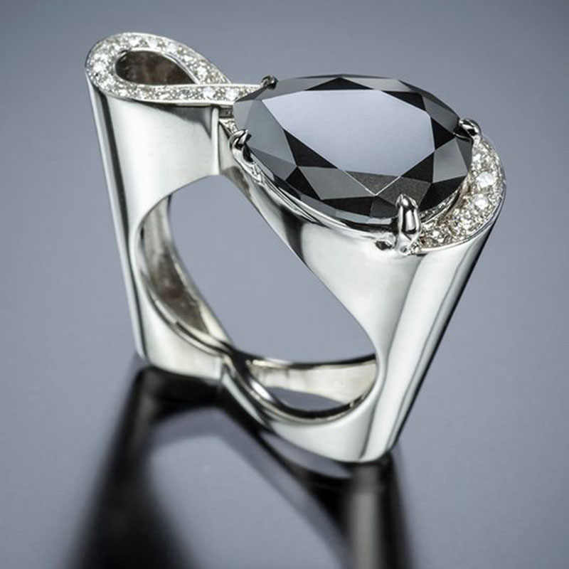 מודרני 2019 טוויסט אינפיניטי קריסטל נשים טבעות גדול שחור מים זרוק זירקון אבן חתונה טבעת חלול לב תכשיטי Z3M305