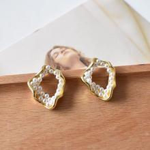 SRCOI Trendy Irregular Geometry Imitation Pealrs Stud Earrings Zinc Alloy Vintage Elegant Small Brincos Pendientes Mujer Moda