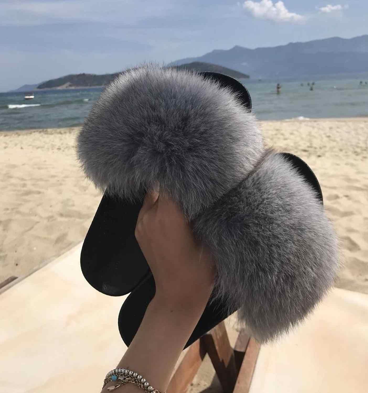 エセルアンダーソンファッションリアルラクーンファースライドスリッパ夏のフリップは、カジュアルヴォーグキツネの毛皮のサンダル豪華な靴